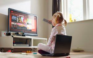 Вреден ли телевизор для детского зрения