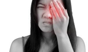 Слезятся глаза после операции коррекции зрения thumbnail
