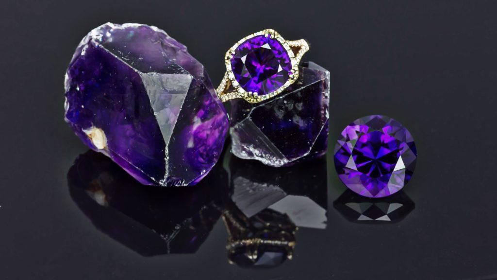 Фиолетовый цвет глаз