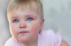 Как и чем лечить конъюнктивит у ребенка в 2 года