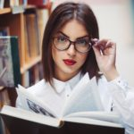 Как правильно подобрать очки для чтения